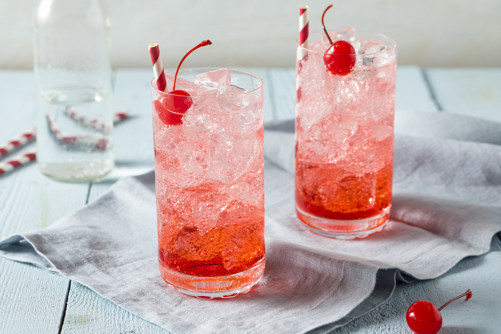 glasses with shirley temple drink